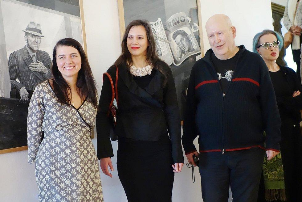 GASK odstartoval výstavní sezónu vernisáží Elvis ze Záluží