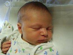 Josef Kalina se narodil 24. července v Čáslavi. Vážil 3450 gramů a měřil 49 centimetrů. Doma ve Vrdech ho přivítali maminka Dana a tatínek Tomáš.