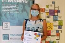 Slavnostní certifikát Quality Label 2020 za své mezinárodní projekty převzala Jana Červená.