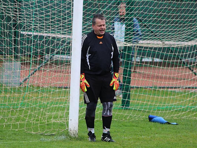 Ivan Koldcsiter jako fotbalový brankář TJ Rataje nad Sázavou.