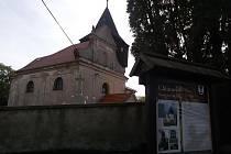 Kostel sv. Ondřeje v Chlístovicích.