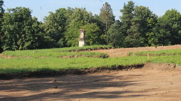 Území vedle kutnohorské nemocnice, kde by měl vzniknout obytný komplex Sv. Anny.