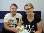 Šimon Rychetský se poprvé rozkřičel 4. září v Čáslavi. Po narození vážil krásných 3920 gramů a měřil 54 centimetrů. Domů do Třebešic si ho odvezli pyšní rodiče Adéla a Aleš.