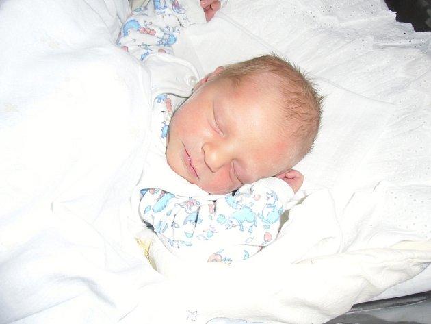 Kateřina Cyprová se narodila 9. března  v Čáslavi. Vážila 3700 gramů a měřila 53 centimetrů. Doma v Močovicích ji přivítali maminka Martina, tatínek Tomáš a bratr Tomáš.