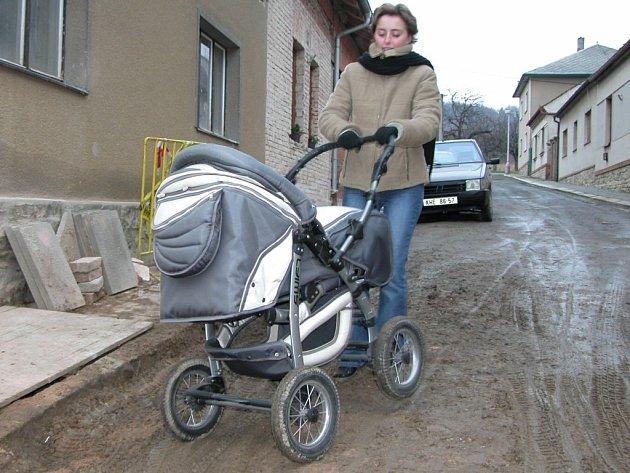 Ulice Čs. letců je jedním ze šrámů komunikací v Kutné Hoře.