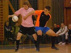 Štěpán Kacafírek (vpravo) hrál v zimě i Club Deportivo futsalovou ligu za Rolling Team.