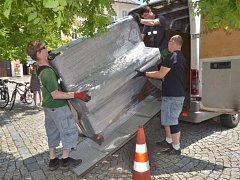 Oblíbený projekt dorazil i do Kutné Hory, piano včera rozeznělo Palackého náměstí