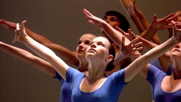 Tanečníci v Čáslavském divadle