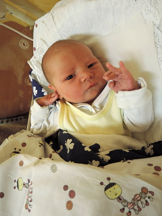 Lukáš Daněk se poprvé rozkřičel 30.září  v Čáslavi. Po narození  vážil 3380 gramů a mírou 50 centimetrů. Domů do Zruče nad Sázavou si ho  odvezli šťastní rodiče Andrea a Lukáš a tříletý bráška Filípek.