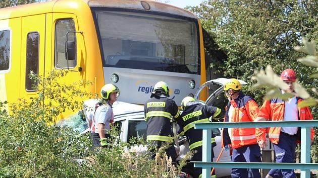 Nehoda na železničním přejezdu, ilustrační foto.