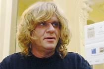 Písničkář Karel Plíhal.