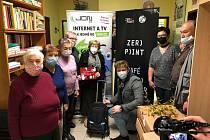 Čtyřicet pojízdných tašek získalo uplatnění u kutnohorských seniorů. Foto: Archiv Centra pro zdravotně postižené seniory v Dolní ulici.