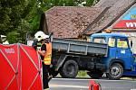 Dva mrtví po nehodě u Křesetic: motorka se srazila s Avií.