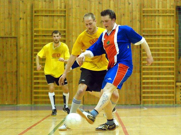 První zápasy semifinále CD futsalové ligy, 8. dubna 2010.
