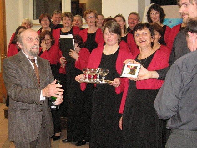 Adventní koncert spojený s křtem prvního CD Učitelského pěveckého smíšeného sboru Tyl.