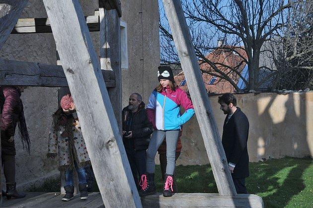 Malešovská tvrz se zaplnila atmosférou adventních svátků.
