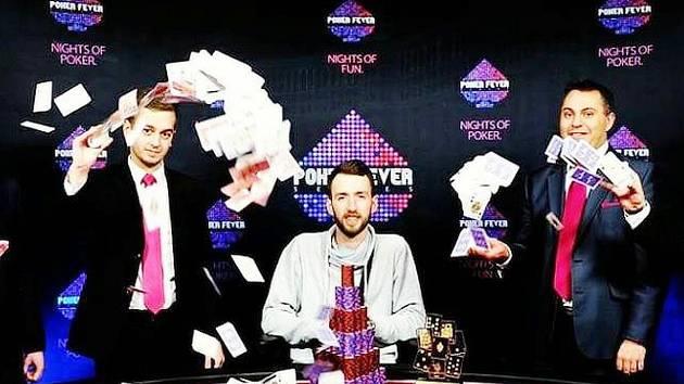 Hráč pokeru Jakub Oliva
