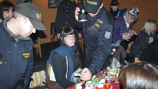 Preventivní policejní akce s názvem Očista v Čáslavi.