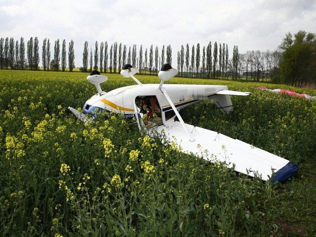 Havárie letounu mezi obcemi Solopysky a Dobřeň