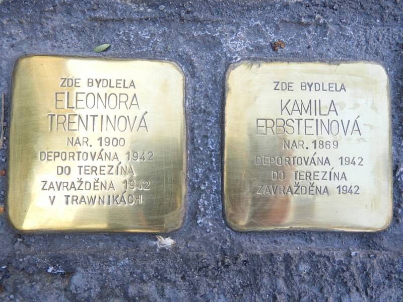 Z odhalení kamenů zmizelých v Čáslavi 3. října 2021.