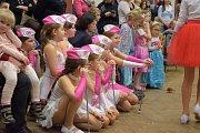 Program okořenily soutěže i vystoupení mažoretek.