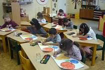 Děti s odkladem školní docházky mohou navštěvovat přípravnou třídu, kterou Základní škola a Praktická škola Kutná Hora znovu otevře od září.