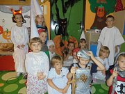 Děti z mateřinky prožily den plný strašidel.