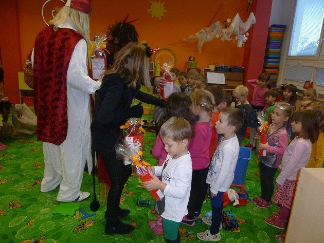 Mikulášská nadílka v MŠ 17. listopadu v Kutné Hoře