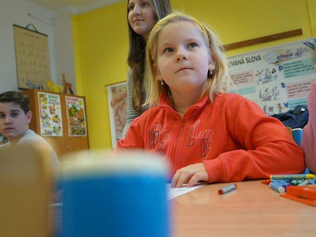 Příprava na zápis v rámci předškolácké hodiny na ZŠ Jana Palacha v Kutné Hoře.