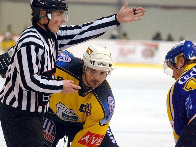 Z hokejového utkání Kutná Hora - Písek, 4:5. 6.1.2010