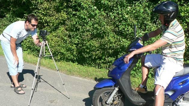 Jedna ze scén klipu skupiny Blue Lips.