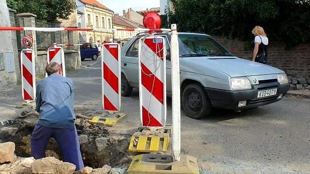 Práce na kanalizační přípojce v Havířské ulici