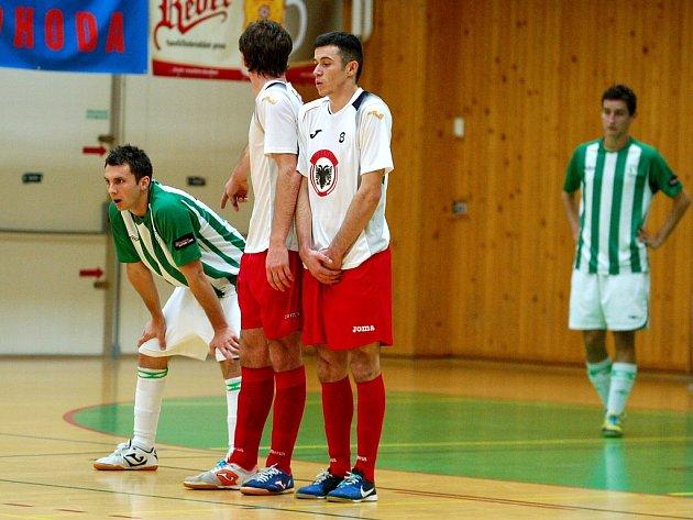 9. kolo Chance futsal ligy: Benago Zruč - Bohemians 1905 5:4, 23. listopadu 2012.