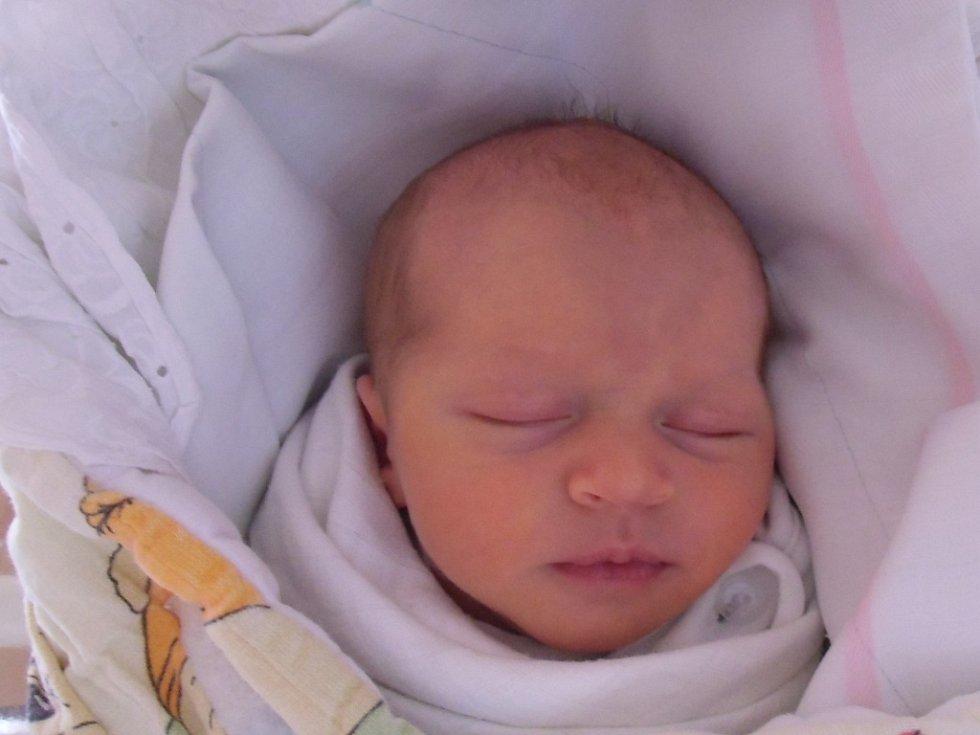 Zuzana Daru se narodila 20. listopadu v Čáslavi. Vážila 2950 gramů a měřila 50 centimetrů. Doma v Čáslavi ji přivítali maminka Jana a tatínek Michal.