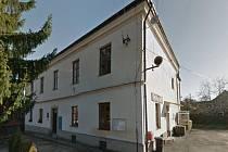 Bývalá škola v Třeboníně