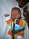 Matyáš Lank přišel na svět 10. března v čáslavské porodnici. Vážil 3100 gramů a měřil 50 centimetrů. Doma v Močovicích ho přivítali maminka Kateřina a tatínek Tomáš.