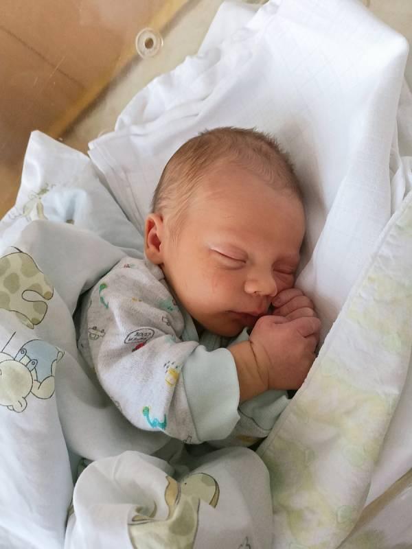 Václav Culek se poprvé rozkřičel 15. září 2021 ve 20.39 hodin v Čáslavi. Vážil 3600 gramů a měřil 50 centimetrů. Doma ve Ždírci nad Doubravou ho přivítali maminka Michaela a tatínek Václav.