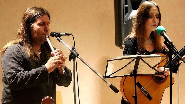 Lucie Zhory a Mirek Balán odehráli vánoční koncert