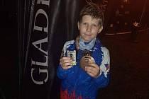 Radim Klečák vyhrál mezi juniory noční Gladiator Race v Hradci Králové 19. června 2020.