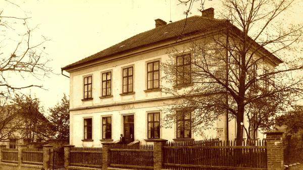 Škola vRašovicích