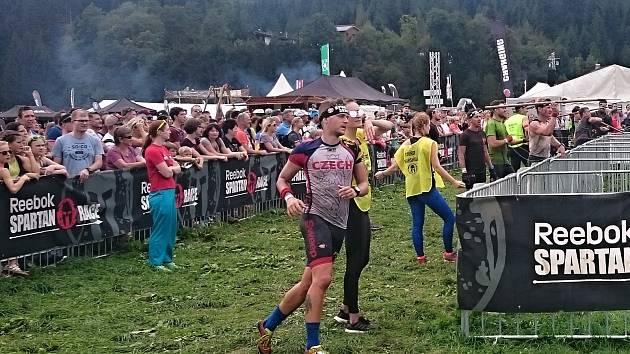 Michal Pavlík na závodech Spartan Race v rakouském Oberndorfu.
