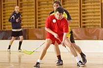 """Florbal: turnaj """"O pohár starosty města Kutná Hora"""", neděle 28. prosince 2008"""