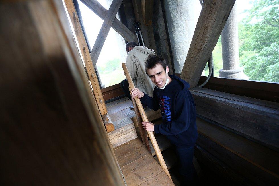 Kostel sv. Jakuba v Jakubu se v sobotu 29. května znovu otevřel veřejnosti. Součástí slavnostního zahájení nové turistické sezony byly i fanfáry na trubky.