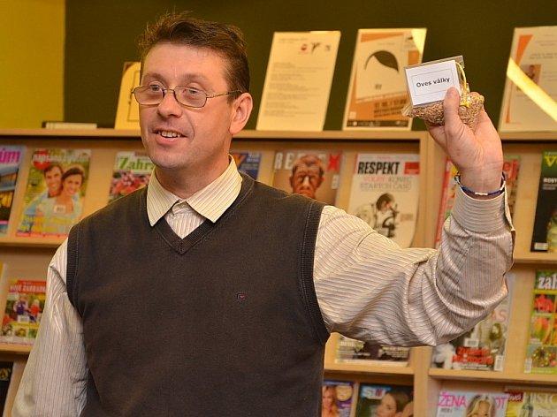 Pavel Hlušička dnes uskutečnil přednášku o autismu v Městské knihovně
