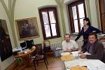 Krajské volby - volební místnost ve Vlašském dvoře v Kutné Hoře. 12. 10. 2012