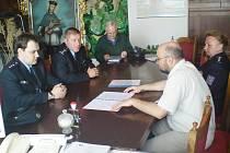 Podepsání koordinační dohody o vzájemné spolupráci mezi městem Zruč nad Sázavou a Policií České republiky.