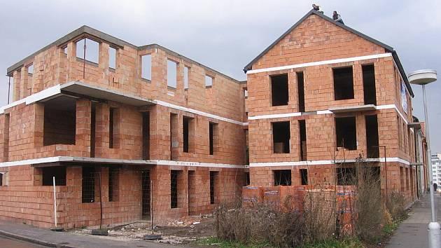 Výstavba bytů v Benešově ulici v Kutné Hoře.