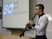Čáslavská škola slaví 80 let od založení.
