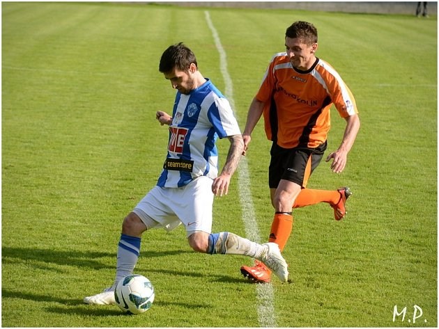 Čáslav porazila Kolín 2:0, 4. května 2014.
