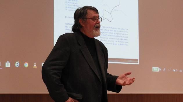 Petr Čornej přednášel v Čáslavi.